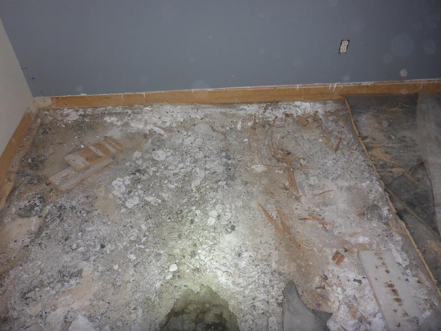 La pyrite sous la dalle sur sol